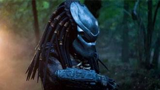科幻片《铁血战士》登顶北美周末票房榜
