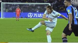 莫德里奇当选2018世界足球先生 打破梅罗十年垄断