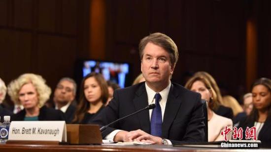 """美大法官候选人深陷""""性侵""""丑闻 坚持不退出提名"""