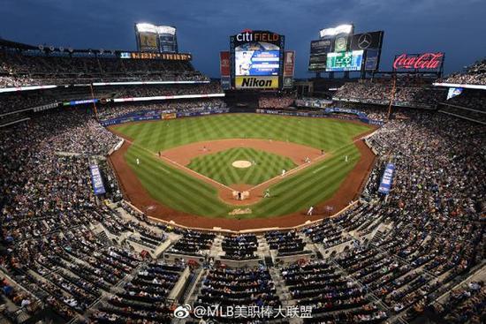 首位内地艺人!王源将为美国棒球职业联赛开球
