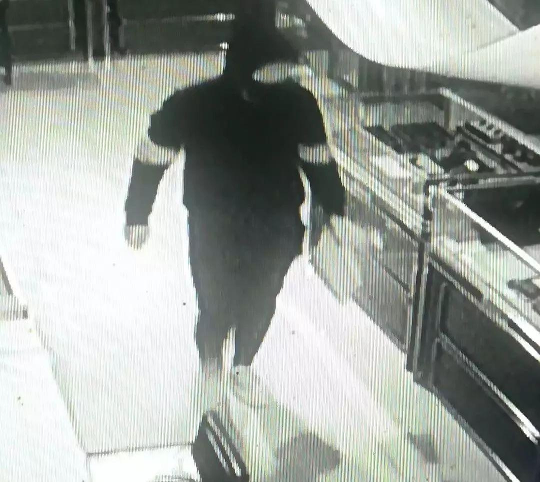 长春珠宝大盗落网:洗劫310万元首饰 销赃途中被抓