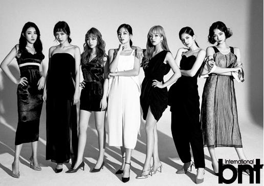7SENSES黑白时尚大片曝光 曾登韩国热搜