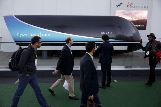 彭博:无人驾驶电动汽车很高级?火车早就做到了