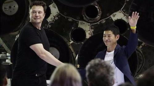 SpaceX首位绕月之旅乘客:绕月训练应该不会太困难
