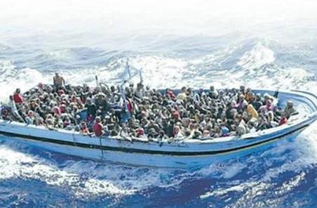 摩洛哥海军救起366名偷渡者