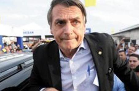 巴西极右翼总统候选人欲起用军人 政坛右转