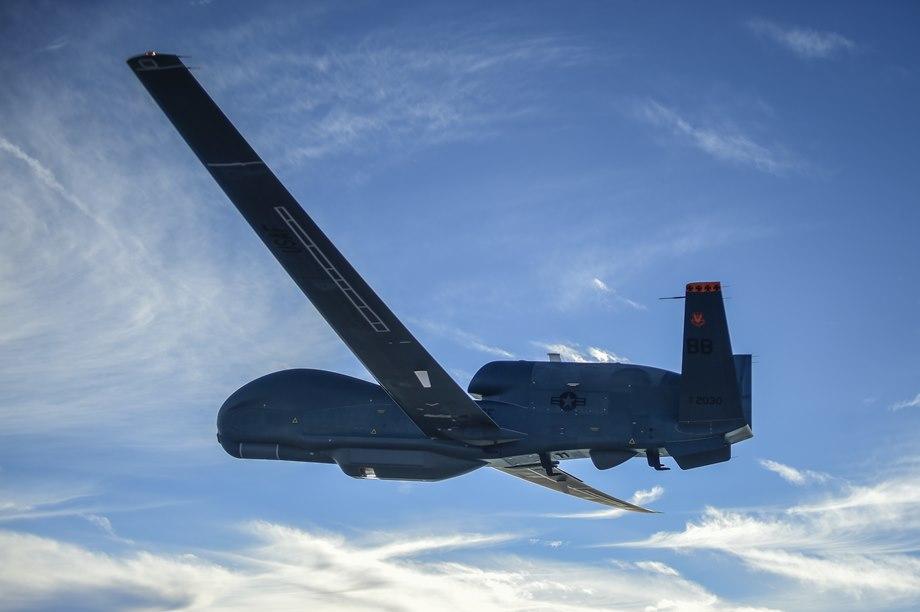 美國全球鷹無人機在俄邊境附近飛行11小時