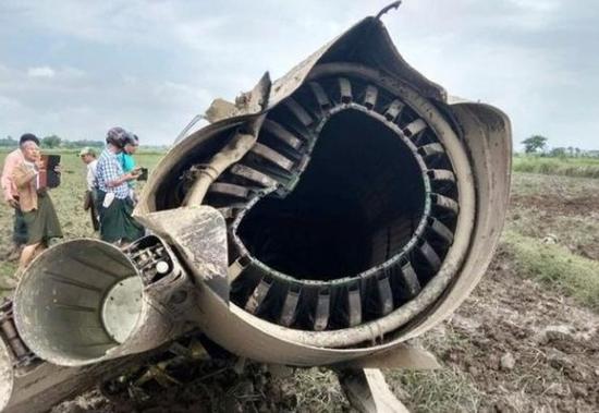 缅甸2架战机坠毁 致2名飞行员和1名女学生身亡