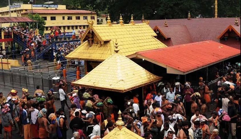 印度男人拼命阻止女人进神庙,场面如同战争!