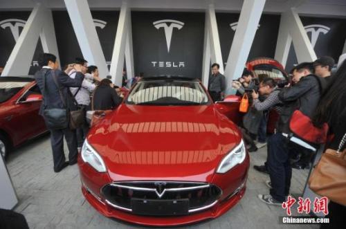 7月,美国车企特斯拉宣布在上海投资设厂。(资料图)<a target='_blank' href='http://www.chinanews.com/'>中新社</a>发 张亨伟 摄