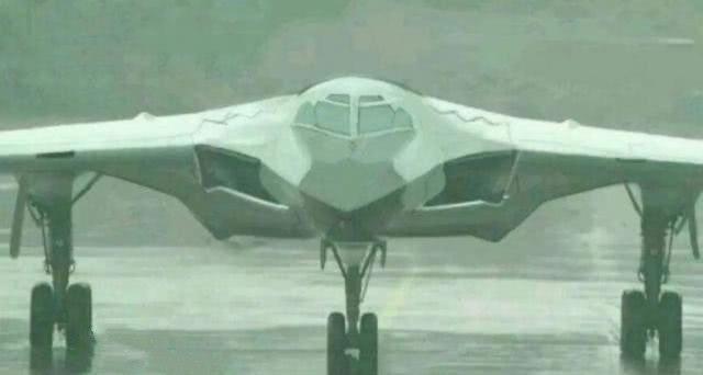 """外媒:中国官方正式提及轰-20 开启""""20时代"""""""