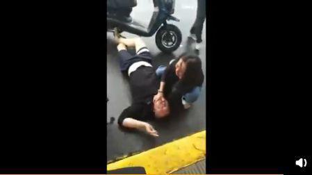 摩托男和的哥吵架身亡的哥被捕 网友站队挺的哥