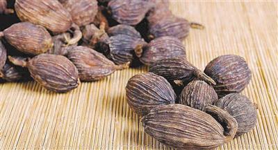火锅好吃是罂粟壳作祟?专家:网传图把草果当罂粟壳