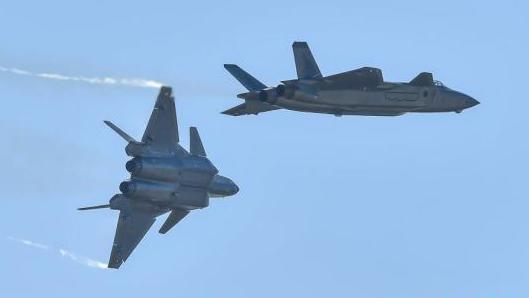 """歼-20总设计师:中国航展首日歼-20表现""""相当到位"""""""