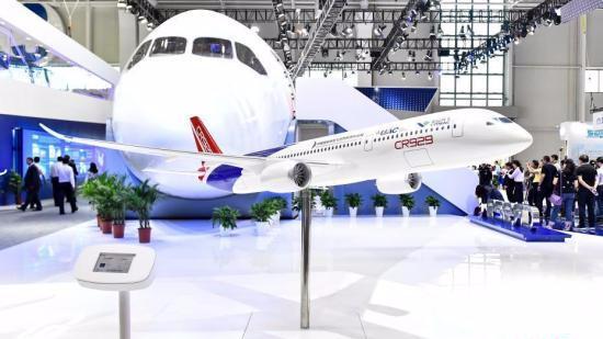 CR929远程宽体客机1:1展示样机首次对外亮相