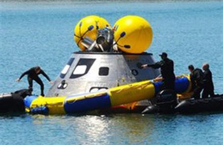 """""""奥赖恩""""载人航天器分离舱抵达美国"""