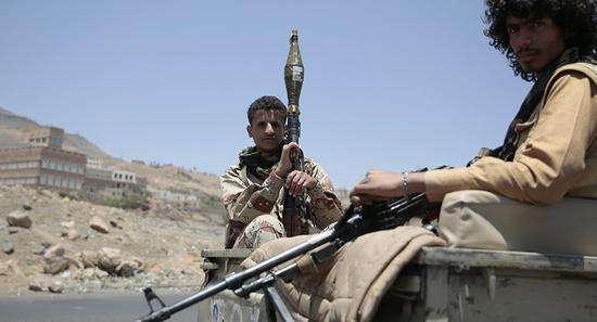 也门荷台达战事持续 一天至少139人丧生