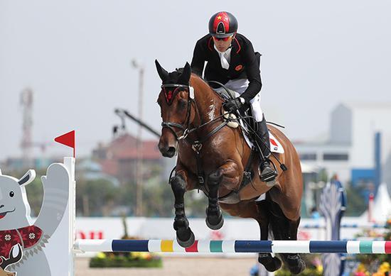 华天获国际马联年度大奖 成唯一一位两获大奖的人