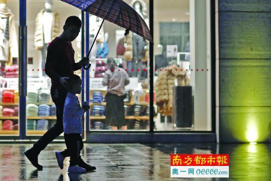 冻?广州周末略降2℃ 下周连续降雨气温再降3-6℃