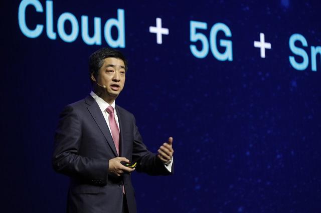 华为已获得25份5G订单 2018年营收将破1000亿美元