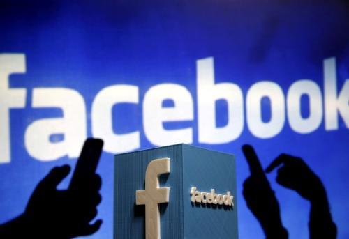 """""""脸书""""内部电邮曝光 拿用户个人资料招揽广告?"""