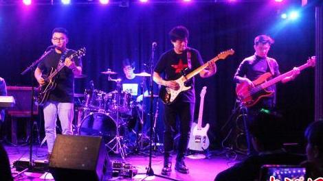英国首支华人摇滚乐队亮相伦敦