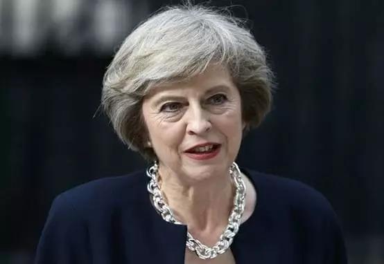 """英国政府""""叫停""""议会脱欧协议投票"""