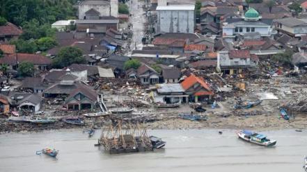 印尼巽他海峡海啸已致死373人伤1456人 灾区秩序正在恢复