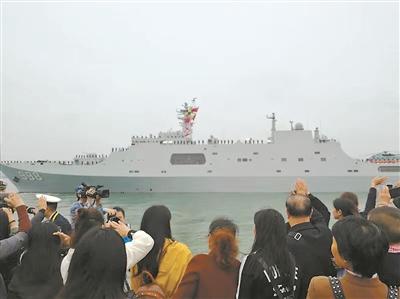 海军第31批护航编队起航