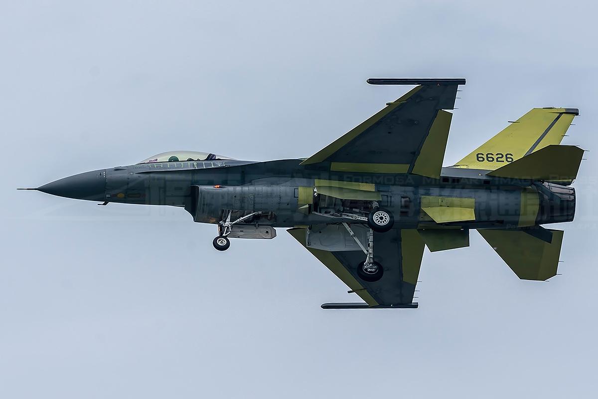 台媒:F-16V美军自己都不用 让台军成第一小白鼠