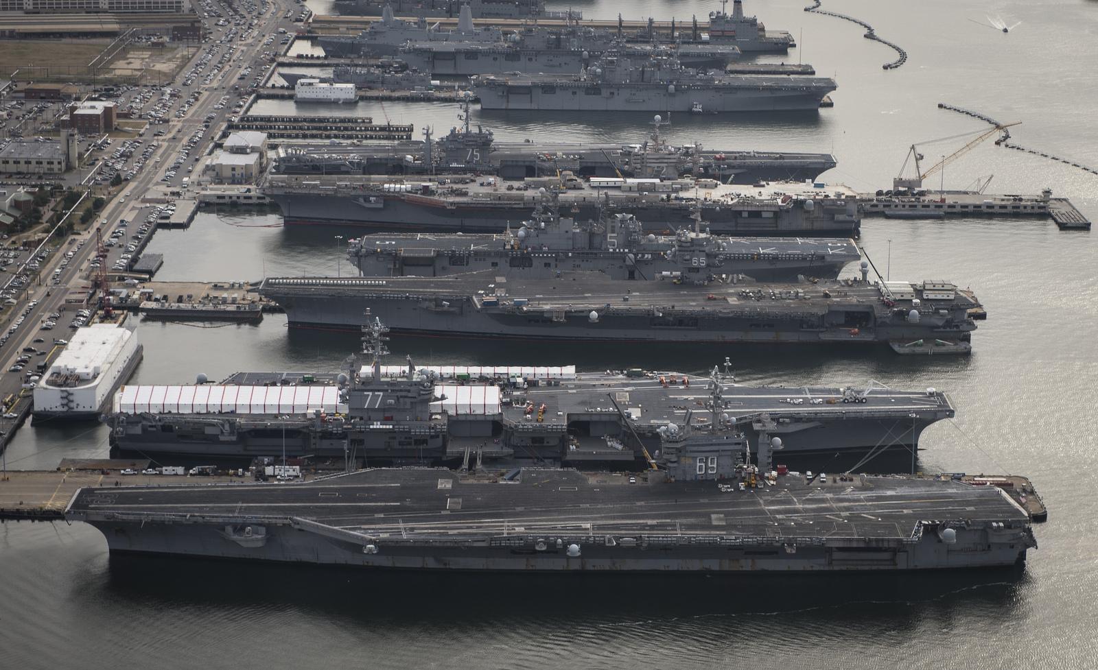 报告:2017全球军火销量美国占57% 中国数据不明