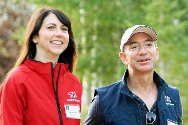 亚马逊首席执行官与妻子宣布离婚 结束25年婚姻