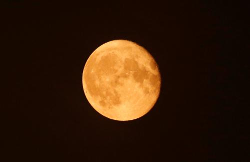 2月19日将现年度最大月亮