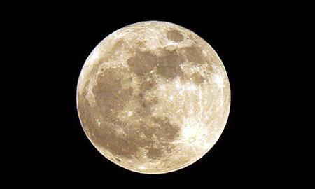 俄航天集团总裁:俄两颗月球探测器延后一年发射