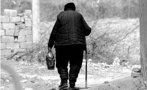 广西七旬老母怀疑30多岁残疾儿子偷钱将其杀害,获刑10年