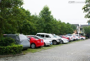 广州公共停车场拟每小时最高收费10元