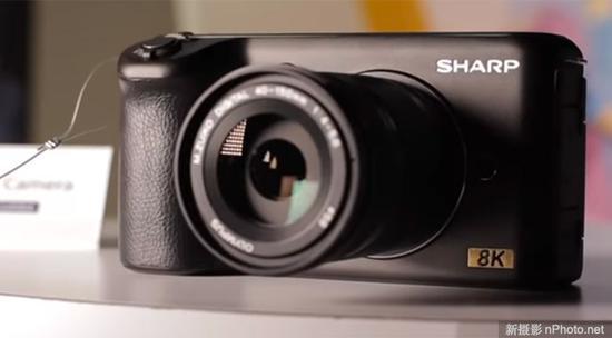 夏普发布M4/3画幅8K相机 采用5英寸翻转屏