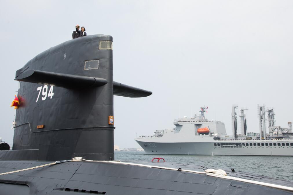 """外交部:反对美企等参与台湾""""潜艇国造""""项目"""