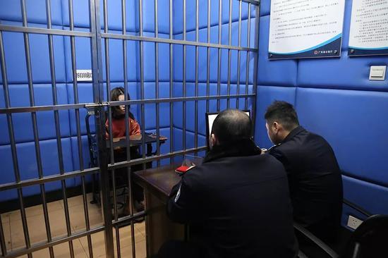 广东幼儿园老师骑打幼童?警方:造谣者已被拘