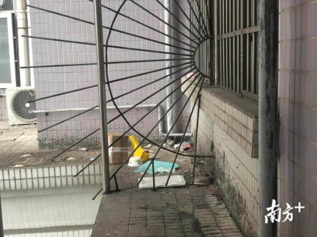 带血卫生巾、用过的避孕套...广州高空抛物事故频发