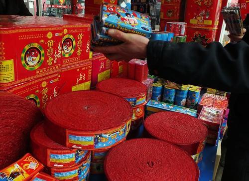 多地明确春节禁限放政策 这些城市买爆竹需实名制