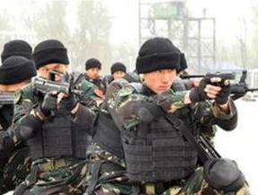 军队人大代表黄鑫:战场只有第一