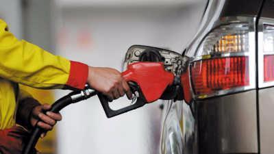 """国内汽、柴油价格""""三连涨"""",每吨均提高50元"""