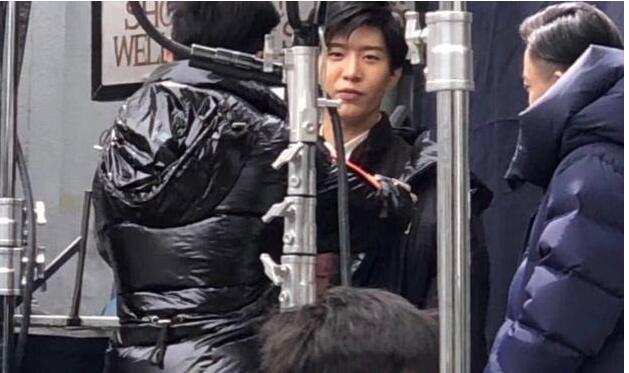 范丞丞關曉彤出演劇版《建國大業》?劇方未否認