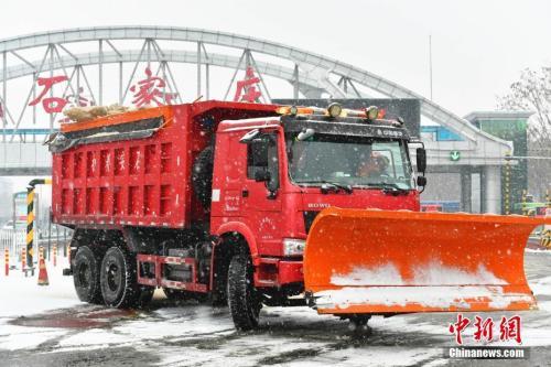 全国迎入冬以来最大范围雨雪 专家析成因影响