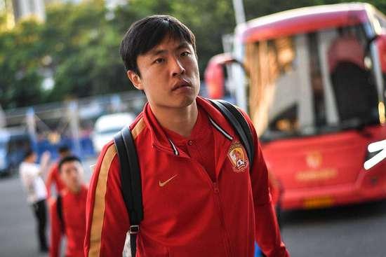 大连一方董事长宣布郑龙加盟球队 誓与沪粤争冠军