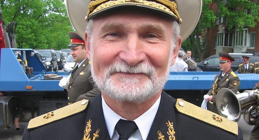 俄将军:俄可发射40枚锆石导弹摧毁美军指挥中枢