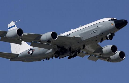 俄媒:美空军一架飞机在克里米亚海岸进行侦察
