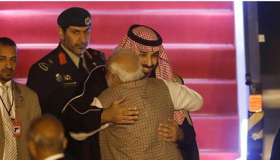 沙特王储访印 宣布投资印度和联合打击恐怖主义