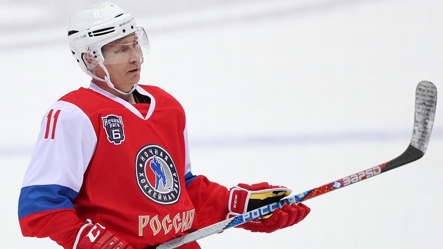 普京:我仍然是冰球运动员,也许以后会参加职业冰球联赛